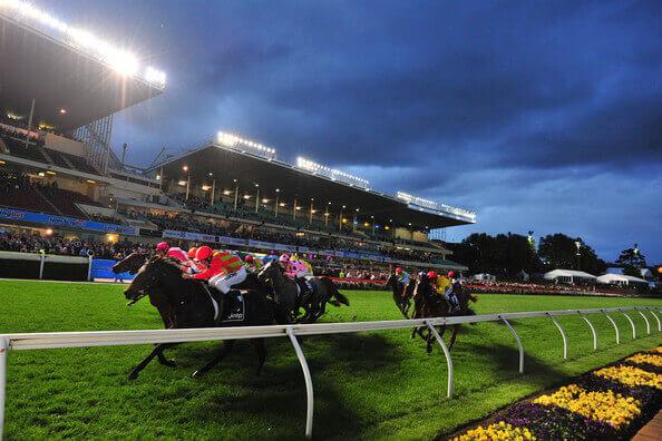 moonee valley night racing